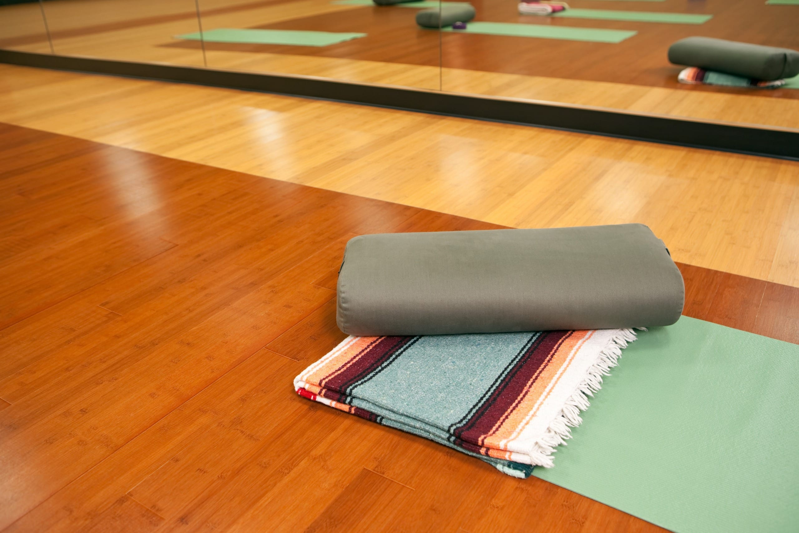 Top 13 Best Yoga Blankets 2020